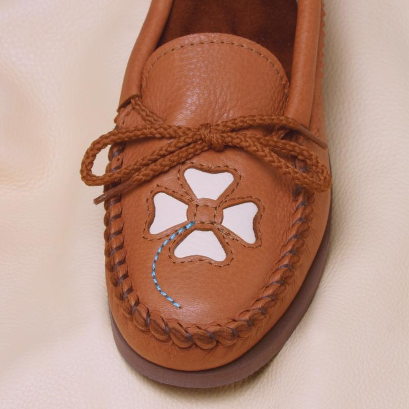 Saddle Deerskin (4 petal) toe